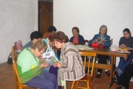 Mulheres bageenses de terceira idade são co-autoras do livro Contos Sem Fadas - Retalhos de Memória, que reúne