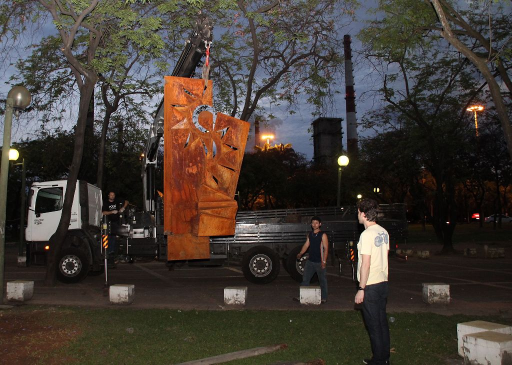Memorial lembra o massacre dos trabalhadores da Usiminas