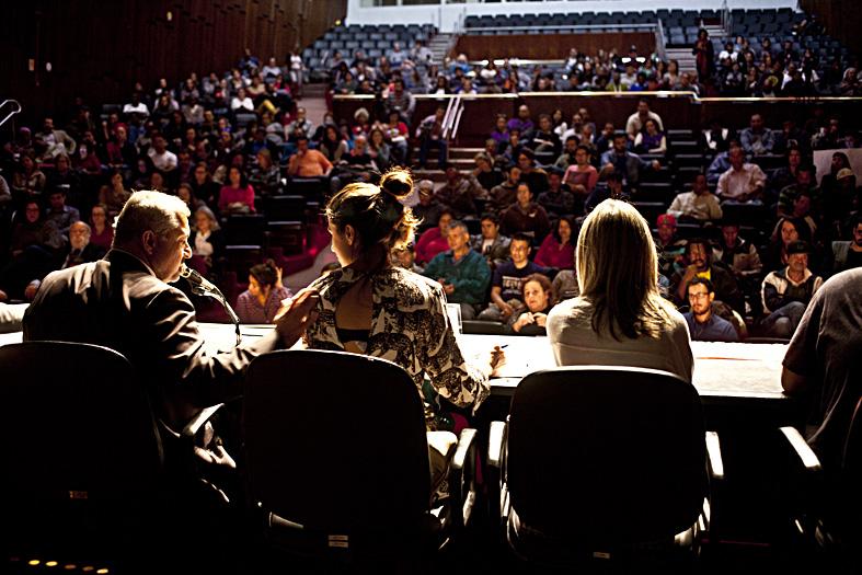 Audiência Pública histórica e inédita reúne mais de 200 moradores de rua
