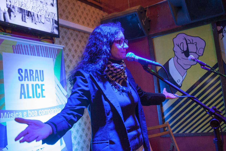 Sarau Alice comemora aniversário de Chico Buarque