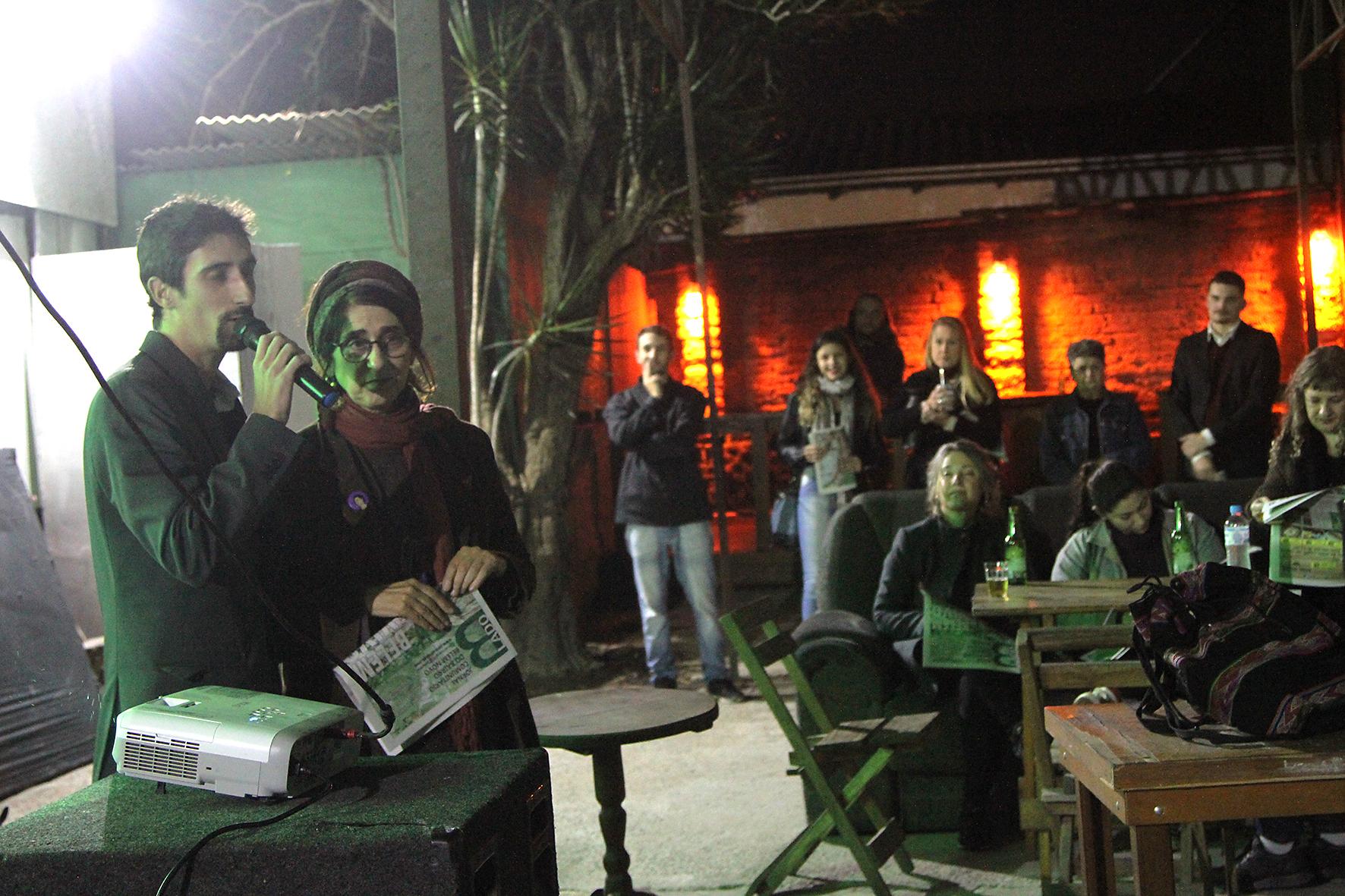 Jornal comunitário Lado B é lançado em Belém Novo